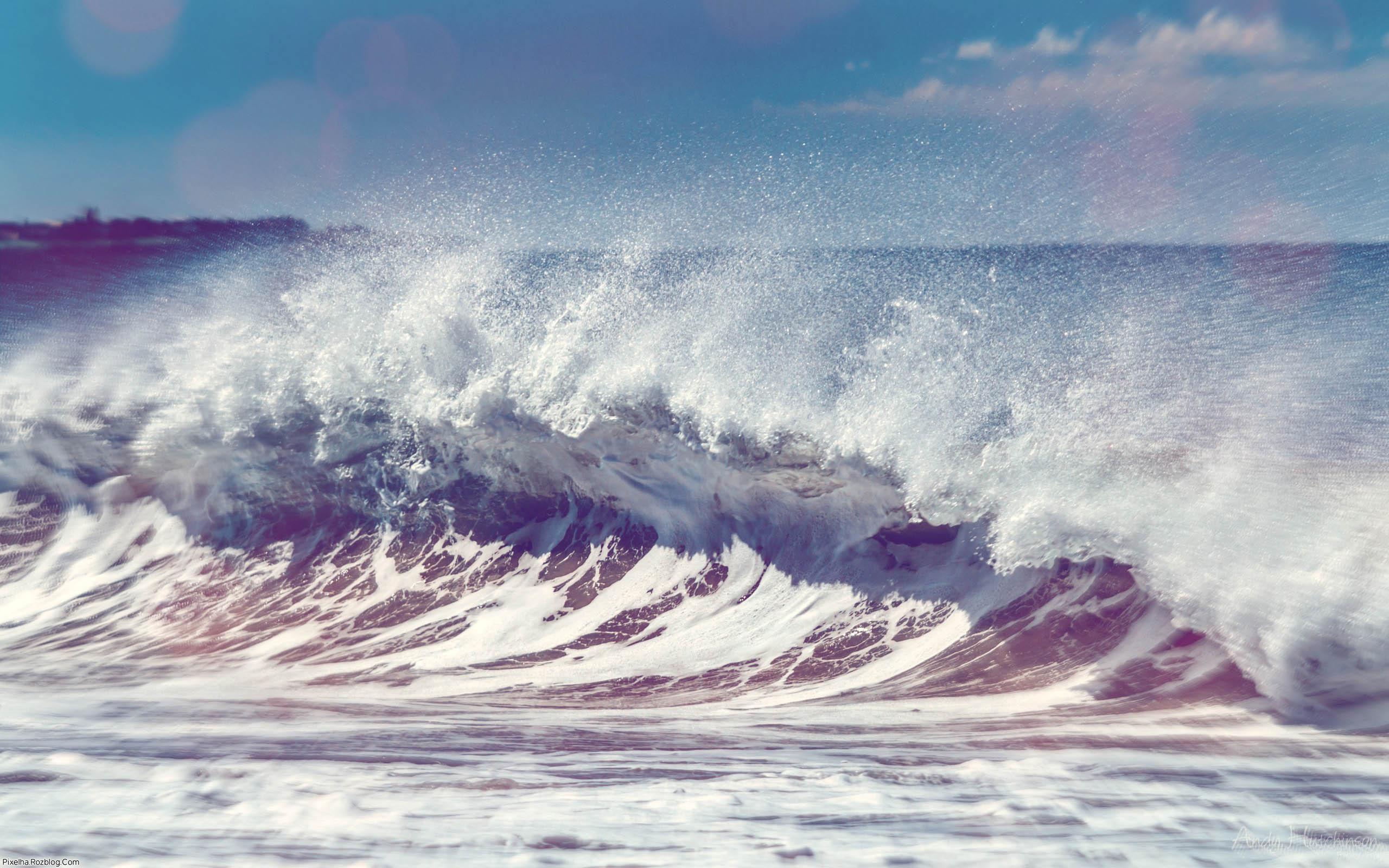 ساحل مواج