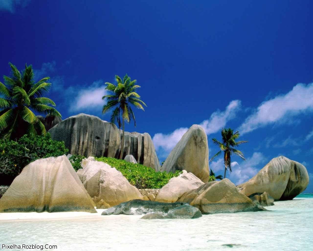 جزیره بسیار زیبا