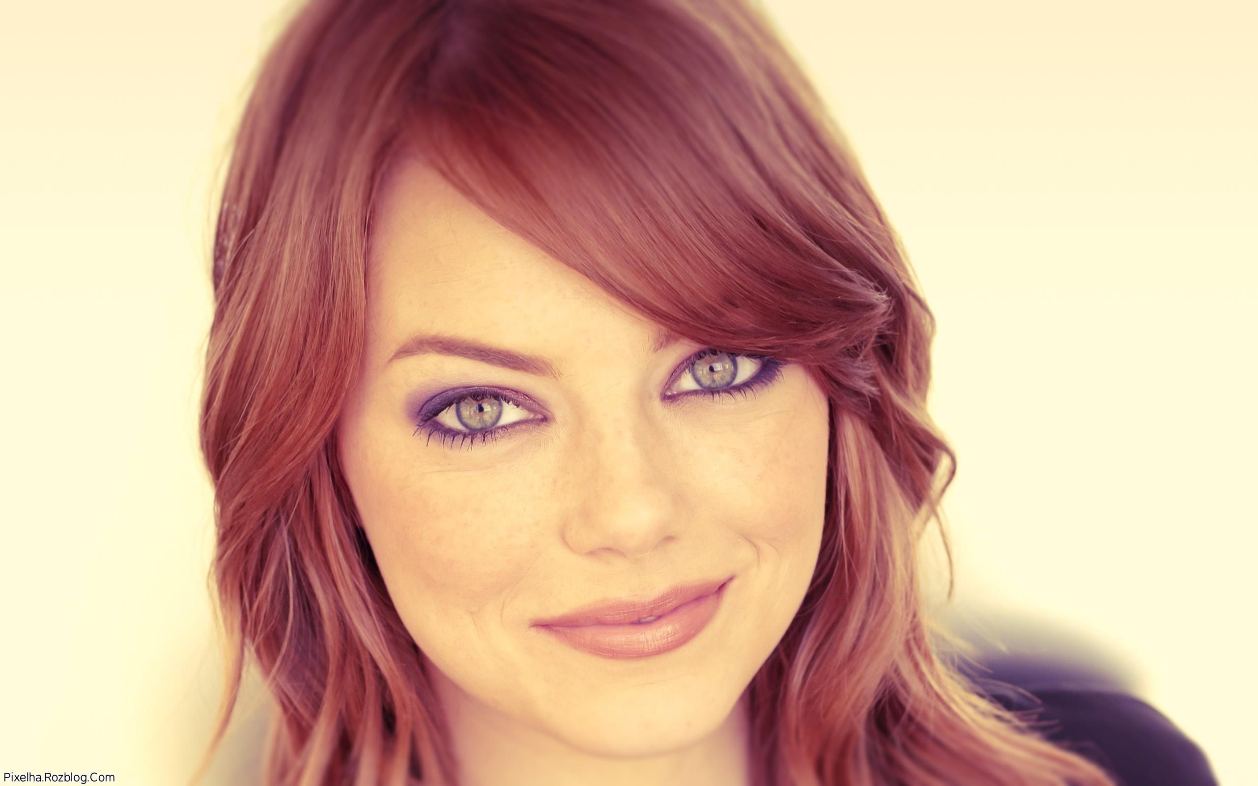 عکس جدید Emma Stone با موهای قرمز