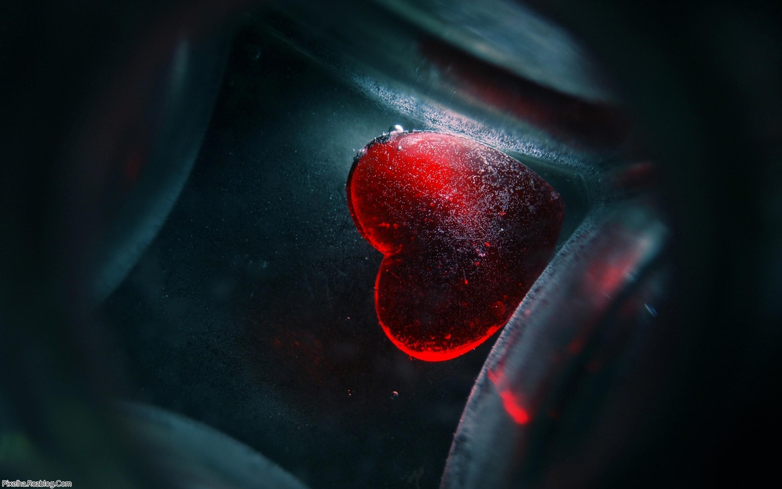 والپیپر قلب عاشق برای روز ولنتاین