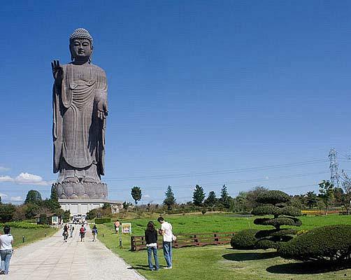 عظیم ترین مجسمه های جهان