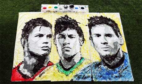 پرتره فوتبالیست های مشهور  با توپ
