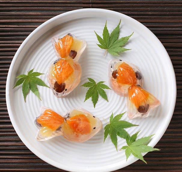 شيرينيهاي خوش رنگ و لعاب ژاپني