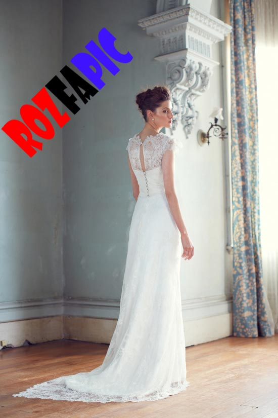 http://rozup.ir/up/rozfapic/Pictures/model/aros7/rozfapic-aroslebas-new-2013-Bridal%20Couture%20(30).jpg