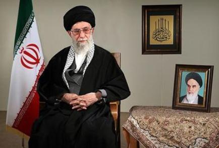 رهبر معظم انقلاب سال ۹۴ را سال«دولت و ملت، همدلی و همزبانی» نام نهادند