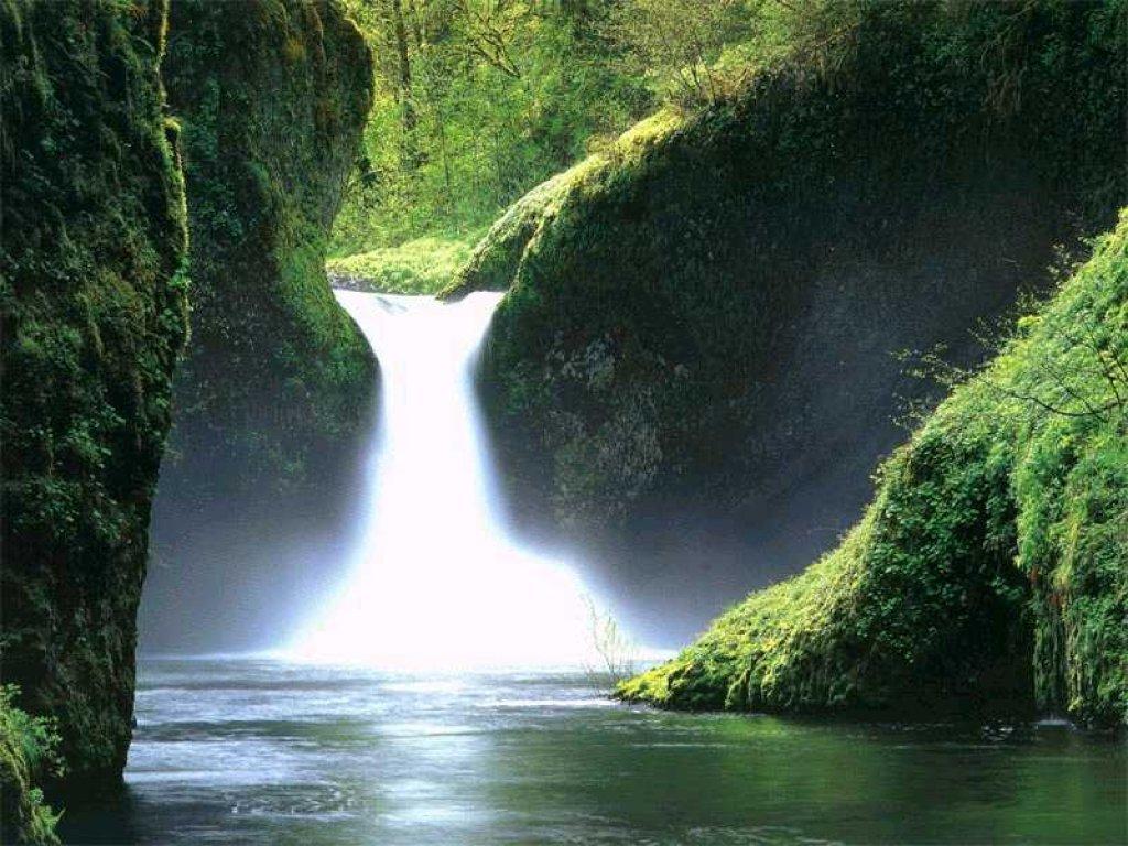 آبشاری زیبا