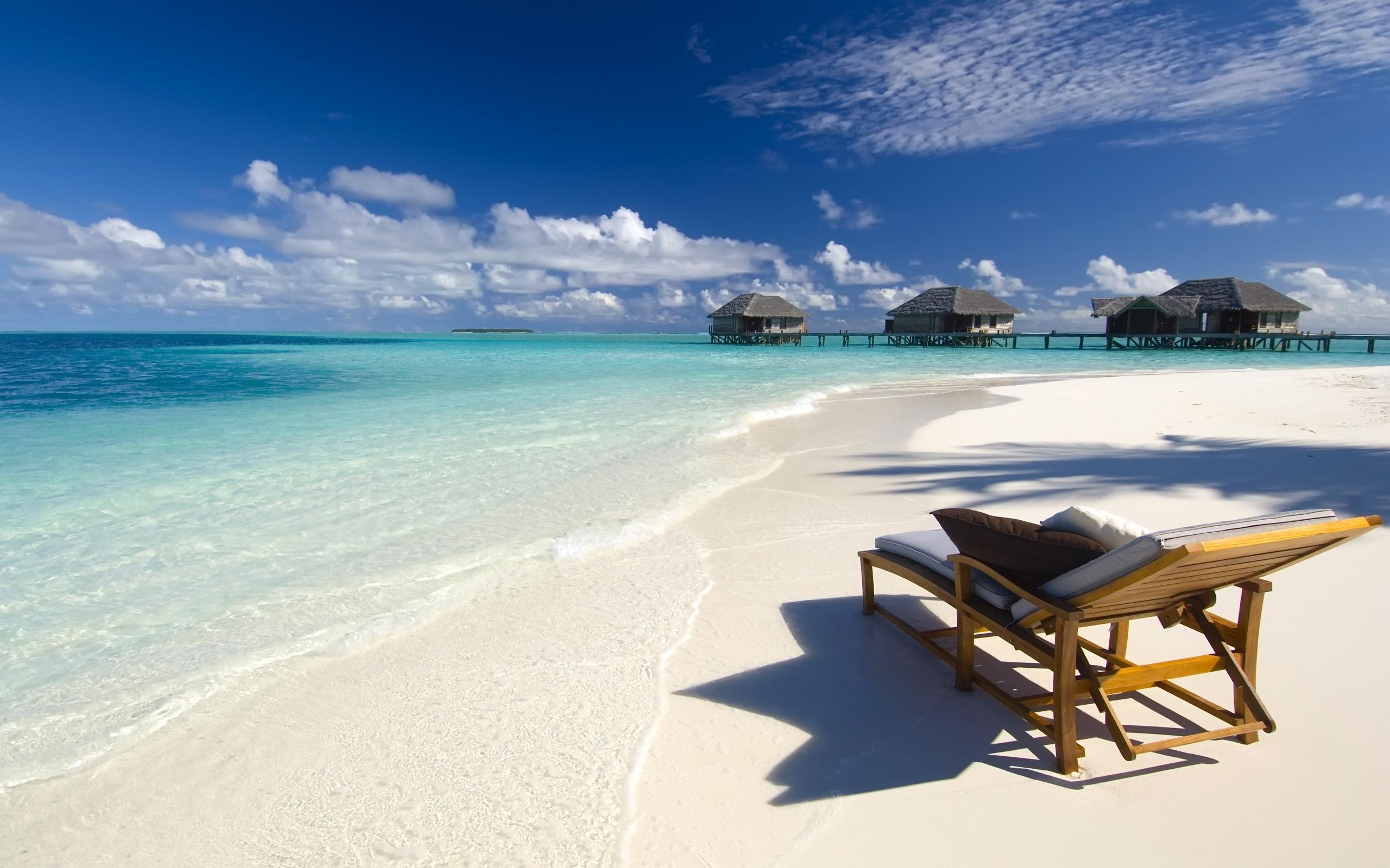 Conrad Maldives - طبیعت کنار ساحل
