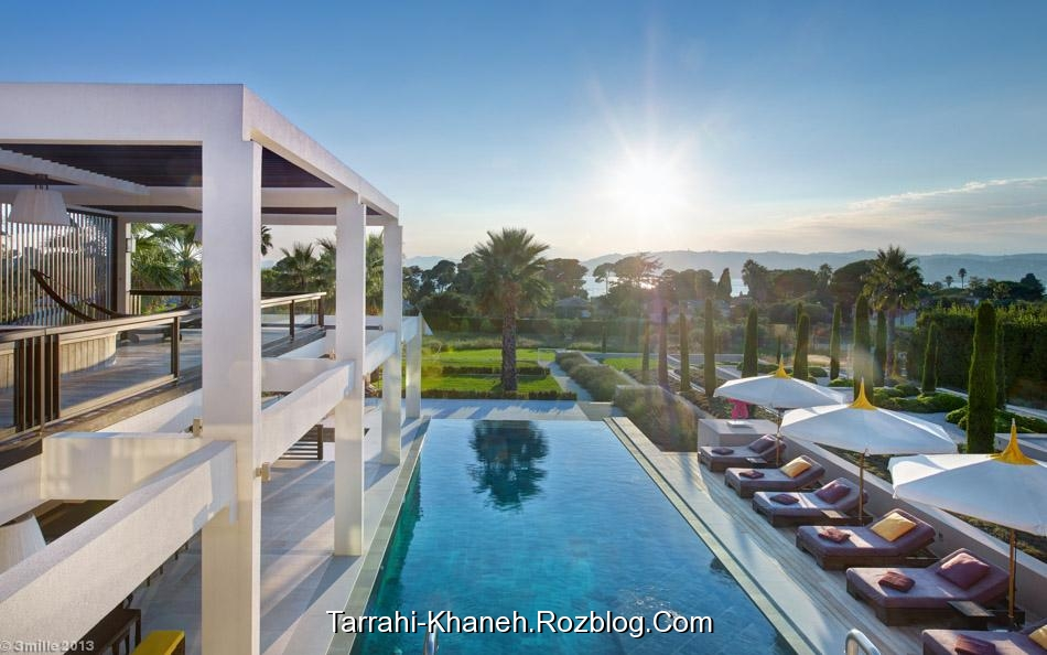 http://rozup.ir/up/tarrahi-khaneh/Pictures/Decoration/luxury-villa/1-Pool-patio.jpg