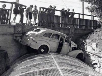 اولین تصادف در ایران+عکس