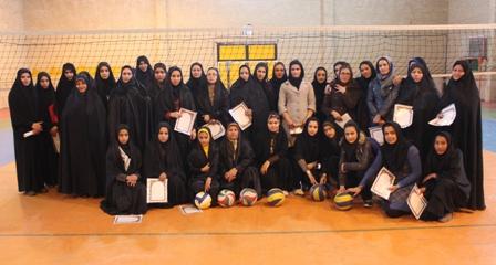 برگزاری مسابقات والیبال بانوان بسیجی در شهر باغین