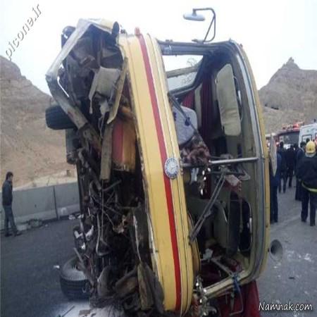 واژگونی مرگبار اتوبوس دانشگاه آزاد نجف آباد + تصاویر