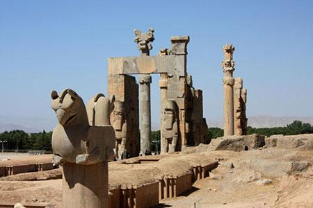 با زیباترین کاخ های ایرانی آسنا شوید!