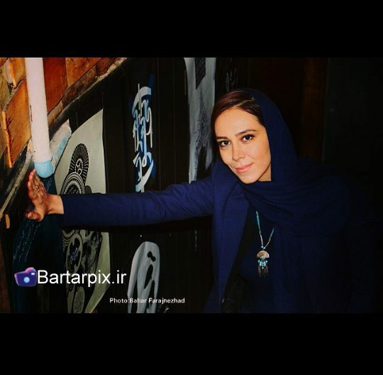 http://rozup.ir/view/1054603/www.bartarpix.ir_elham%20jafarnejad_azar94%20(1).jpg