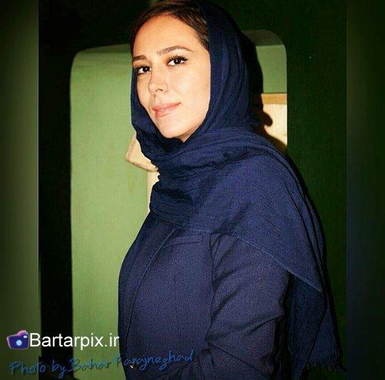 http://rozup.ir/view/1054605/www.bartarpix.ir_elham%20jafarnejad_azar94%20(3).jpg
