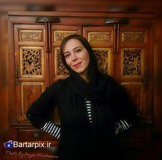 http://rozup.ir/view/1054606/www.bartarpix.ir_elham%20jafarnejad_azar94%20(4).jpg