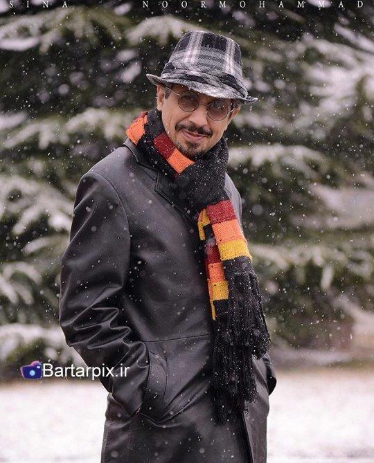 http://rozup.ir/view/1054628/www.bartarpix.ir_honarmandan%20mard_azar%2094.jpg