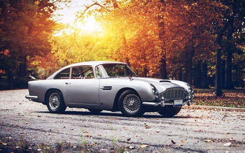 http://rozup.ir/view/1070410/aston_martin_db_5-wallpaper-1440x900.jpg