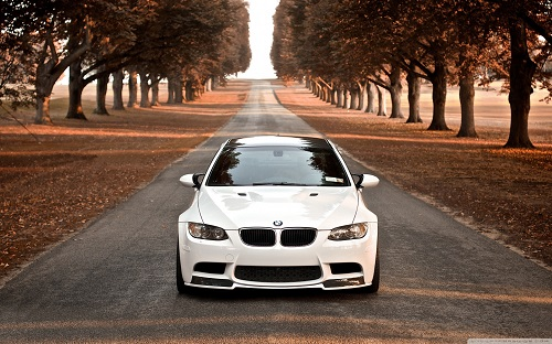 http://rozup.ir/view/1070412/bmw_m3_fall-wallpaper-1440x900.jpg
