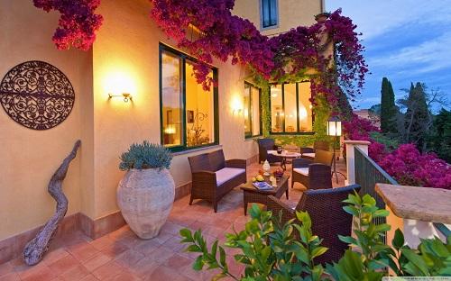 http://rozup.ir/view/1087953/beautiful_house_porch-wallpaper-1440x900.jpg