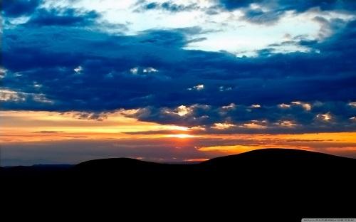 http://rozup.ir/view/1091074/nature_landscape_sun_and_sky_17-wallpaper-1440x900.jpg