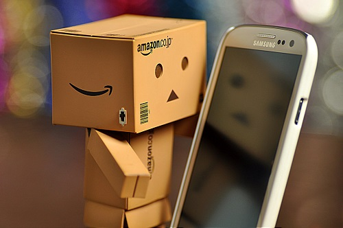 http://rozup.ir/view/1098581/danbo_and_galaxy_s3_by_ll_miss_winter_ll-d5mg38h.jpg