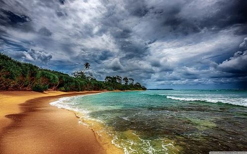 http://rozup.ir/view/1133104/tropical_coast_with_beautiful_beach-wallpaper-1440x900.jpg