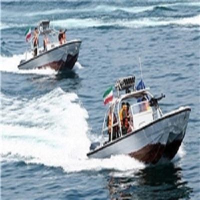 نظامیان آمریکایی در خلیج فارس دستگیر شدندpicone.ir-تک عکس