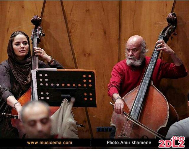عکس تازه منتشر شده از سپیده خداوردی در حال نوازندگی