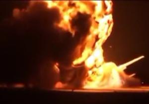 فعالان در شبکه های اجتماعی ویدیویی را از لحظه منفجر شدن یک بمب افکن روسی منتشر کردند.
