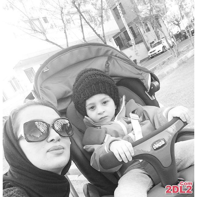 عکس تازه منتشر شده از روناک یونسی در کنار پسرش مهرسام