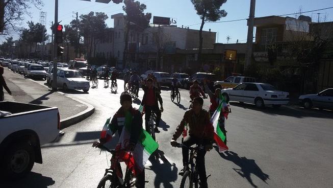 همایش دوچرخه سواری به مناسبت دهه فجر انقلاب اسلامی