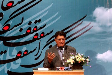 گلایه های استاد آواز:حق خواندن برای مردم خودم را ندارم