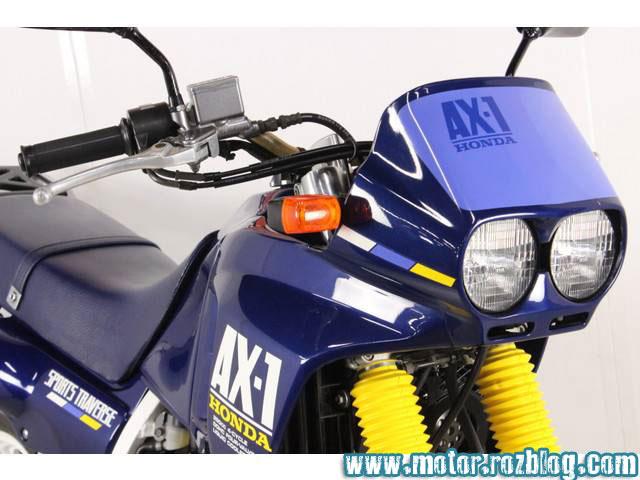 ax1 رنگ ابی کاربنی  وسفید قرمز مدل 87 88