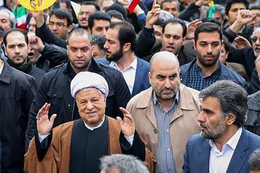 فیلم / حضور آیت الله هاشمی در راهپیمایی 22 بهمن