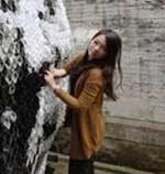 کار جالب دختری با استفاده از جوراب ! + تصاویر