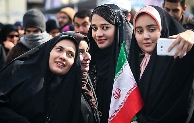 راهپیمایی 22 بهمن در سیوهفتمین سالگرد انقلاب