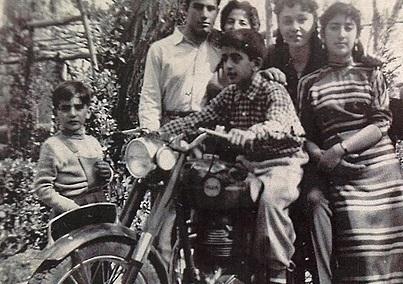 تصاویری منتشر نشده از نوجوانی فرح پهلوی