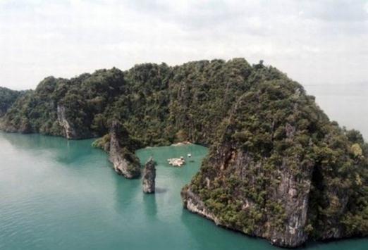 سینمایی جذاب وسط دریا در تایلند ( تصویری)