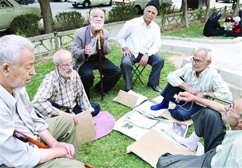پرداخت عیدی بازنشستگان همزمان با حقوق بهمن ماه
