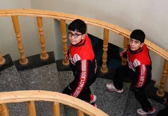 گردهمایی دوقلو ها در همدان به روایت تصویر