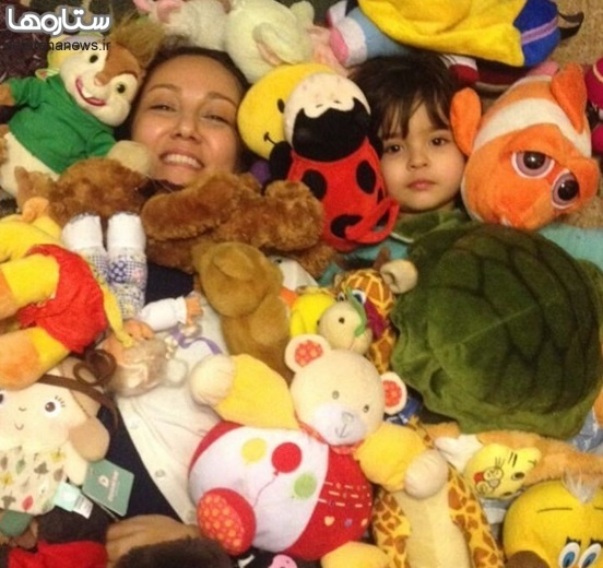 پانته آ بهرام در استخر عروسک/ عکس
