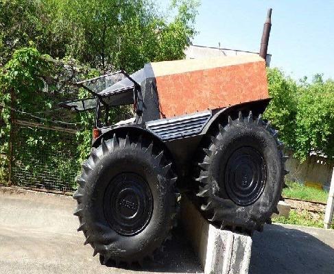 ماشین عجیب روسی که از همه موانع رد میشود/ تصاویر