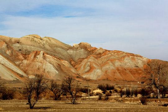 این کوهها شگفتی طبیعت ایران را به رخ میکشند