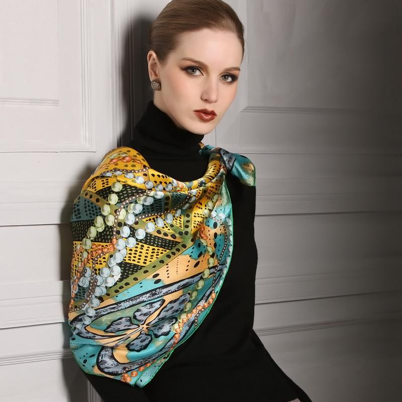 مجموعه ای از هفت مدل شیک و جذاب از روسری های طرح دار 2016