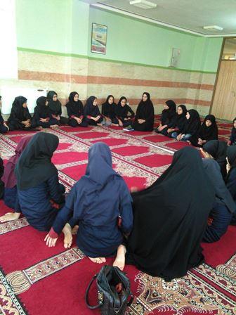 برگزاری حلقه صالحین واحد بسیج دانش آموزی شهدای گچگران