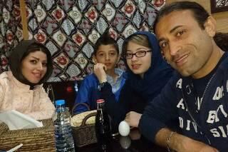 عکس/ فوتبالیست سرشناس ایرانی و همسرش در مهمانی شبانه