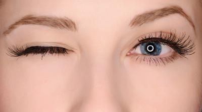 چرا پلک چشمتان می پرد؟