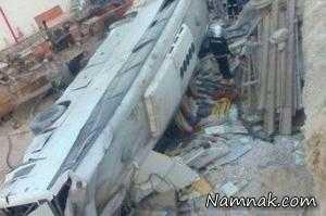 سقوط اتوبوس پرسنل پتروشیمی پارس جنوبی + تصاویر