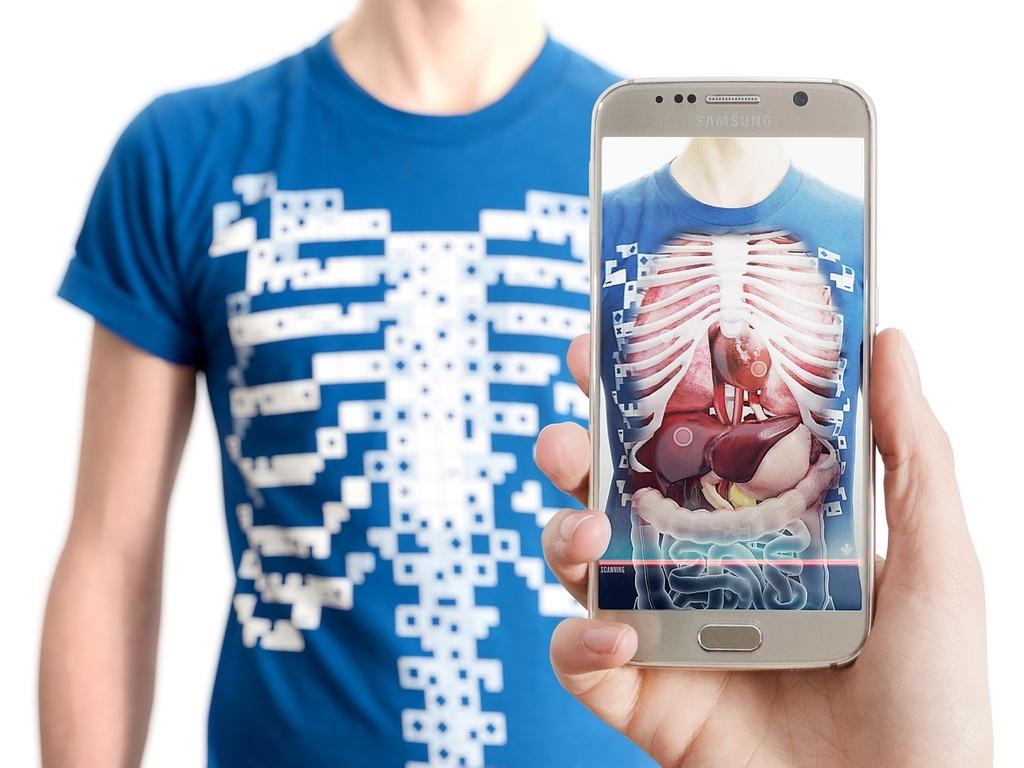 با این تی شرت هوشمند داخل شکمتان را ببینید