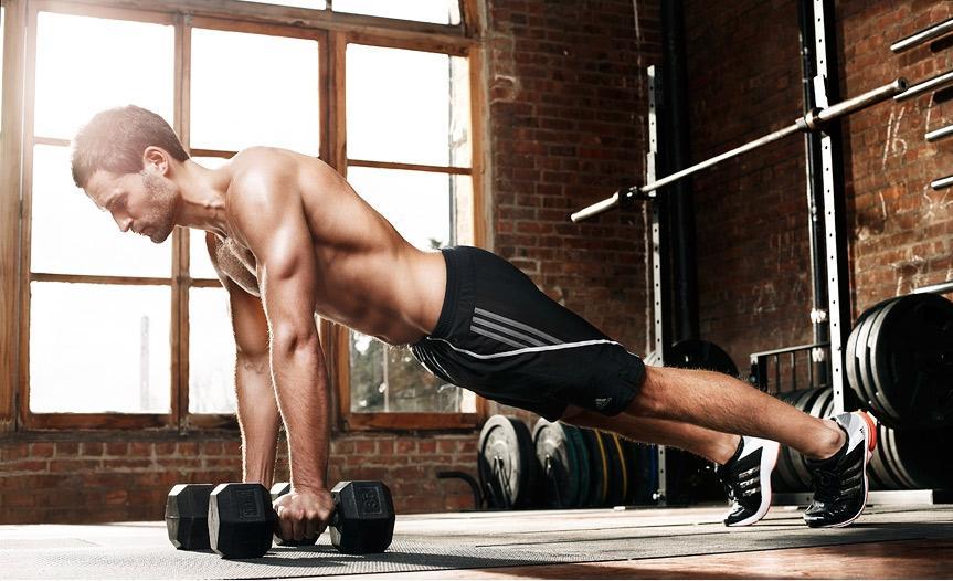 ویژگیهای بدنی مردان که زنان عاشق آن هستند